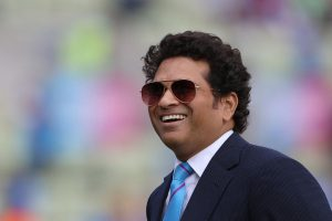Sachin Tendulkar votes, urges people to vote for 'better tomorrow'