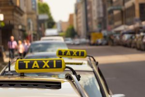 Delhi taxi driver dupes US national of Rs 90,000, convinces him of 'shutdown in city'