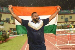 Shot-putter Tejinder Pal Singh Toor, 1500m runner Jinson Johnson out of Doha Worlds