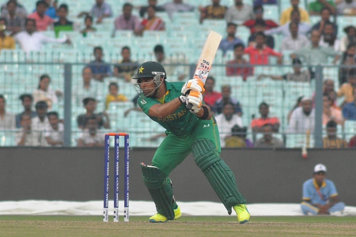 Umar Akmal equals unwanted record of most ducks in T20Is