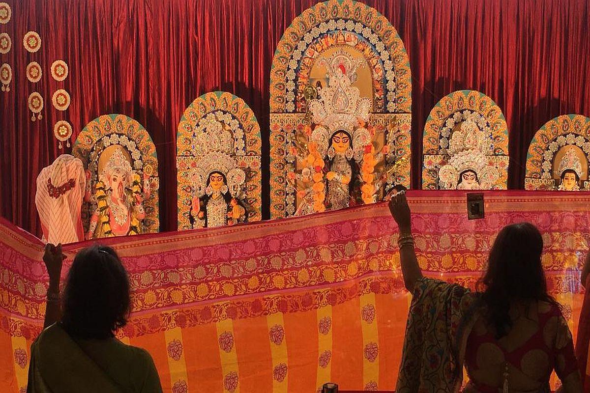 Durga Puja, Munich, Germany, Sharod Sampriti, Sampriti München e.V, Cultural integration, indian diaspora, Bengalis,