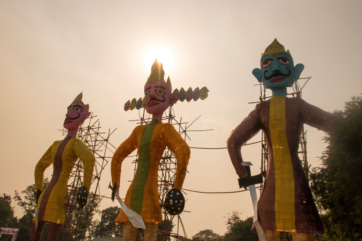 Ravan Dahan Shubh Muhurat, Dussehra Ravan Dahan Time, Dussehra 2019, Vijayadashami, Ravan Dahan, Varanasi, Ayodhya, Vrindavan, Madhubani, Almora and parts of Uttarakhand, Bihar