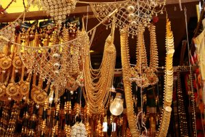Diwali 2019: Tips to clean tarnished metallic masterpieces, jewellery for festivities