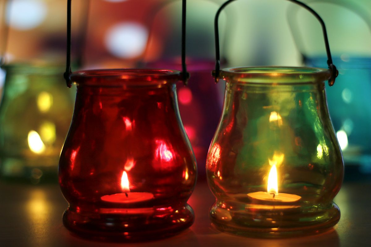 DIY ideas, Lanterns, Happy Diwali, Happy Diwali 2019, Diwali 2019, Diwali Decoration, Diwali cleaning, Diwali decor, Lakshmi, Ganesha, Innovative Lighting, Toran decorations, Theme based decoration, Classic diyas,