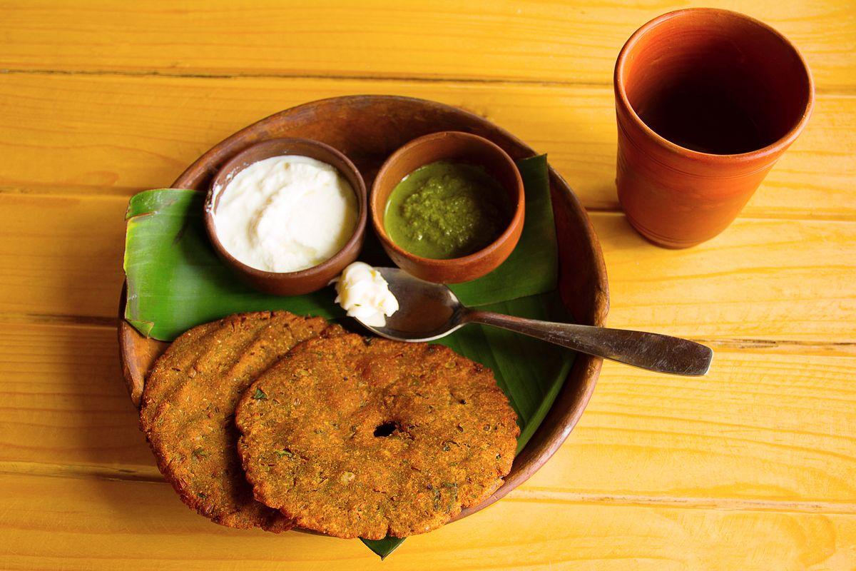Navratri, dishes, fasting, Chaitra Navratri, Sharad Navratri, saatvik, healthy lifestyle, gluten, Coconut chutney, vrat dosa, coconut chutney, mint-coriander chutney, shahi paneer, taamsic food