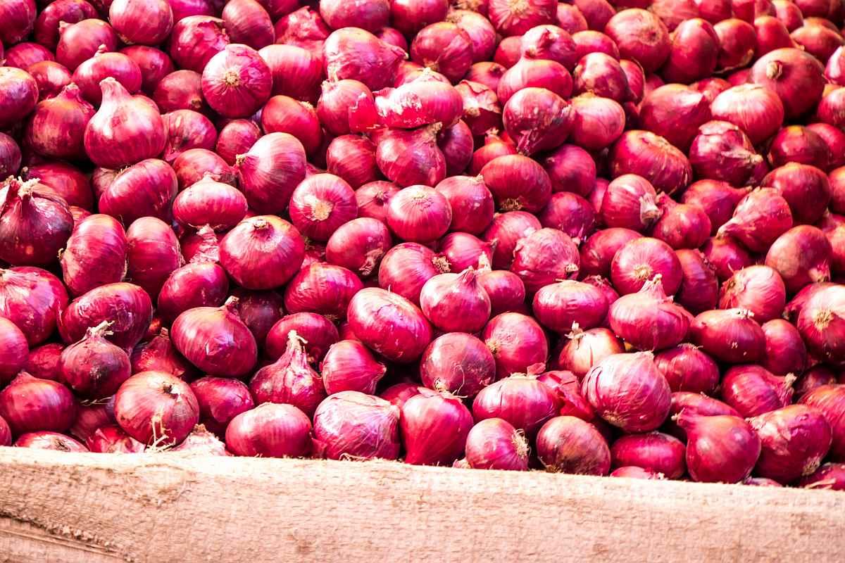 Onions, rising prices, Yogi Adityanath, Uttar Pradesh, Chief Minister,