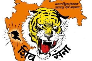 'Itna sannata kyu hai bhai', Shiv Sena slams BJP on economic crisis