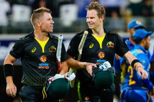 Steve Waugh prompts South Africa crowd to sledge Steve Smith, David Warner