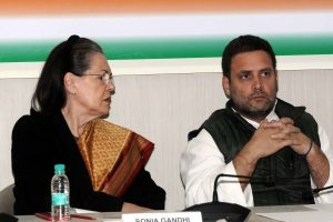 Congress leaders Sonia and Rahul greets nation on Diwali