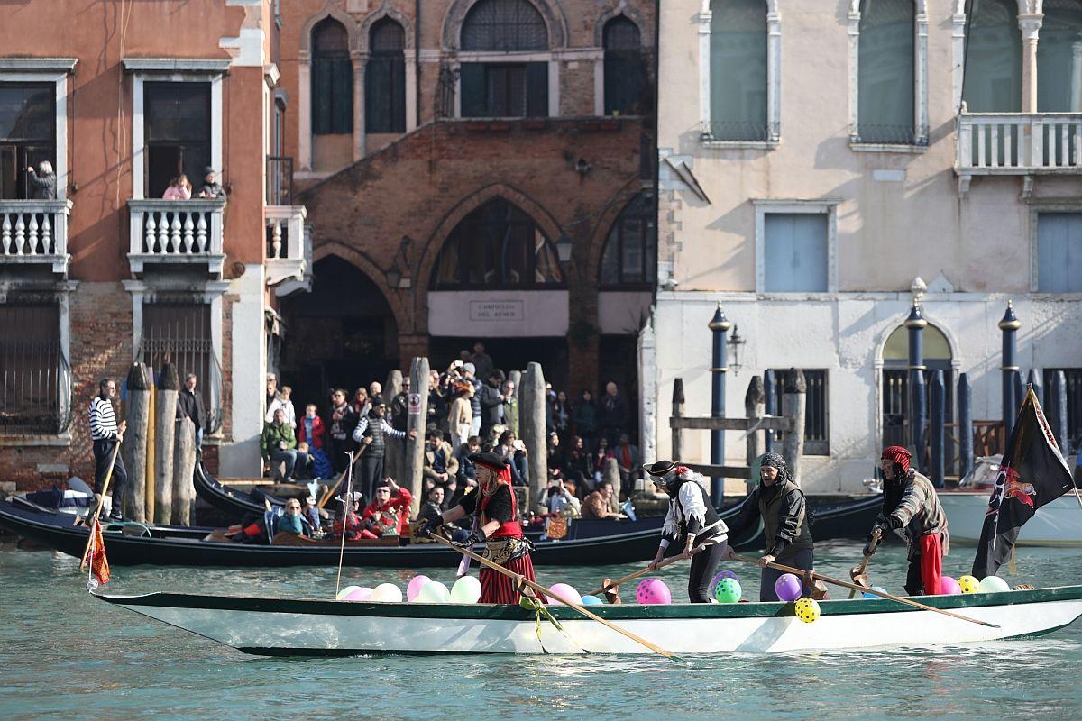 Italy, Venice, World Heritage site, Climate change, C40 World Mayors Summit, Copenhagen, Responsible tourism,