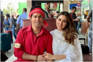 Varun Dhawan, Sara Ali Khan in BTS picture from Coolie No 1 set