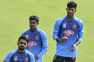 Bangladesh opt to bat against India in first Test