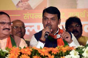 Amid Maharashtra deadlock, CM Devendra Fadnavis meets RSS chief Mohan Bhagwat
