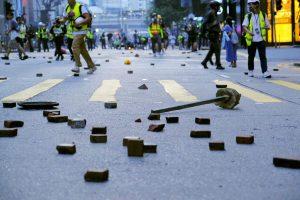 Demonstrators asked to leave varsity campus in Hong Kong