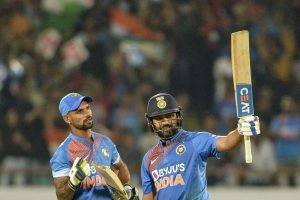 INS vs AUS: Rohit & Dhawan recovering well, final call on Sunday