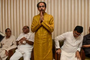 Uddhav Thackeray to take oath today at Shivaji Park with NCP deputy CM, Cong speaker