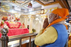Ahead of Kartarpur inauguration, PM Modi pays obeisance at Gurdwara Ber Sahib in Sultanpur Lodhi