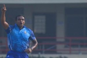Mushtaq Ali semifinal: Abhimanyu Mithun takes 5 wickets in an over