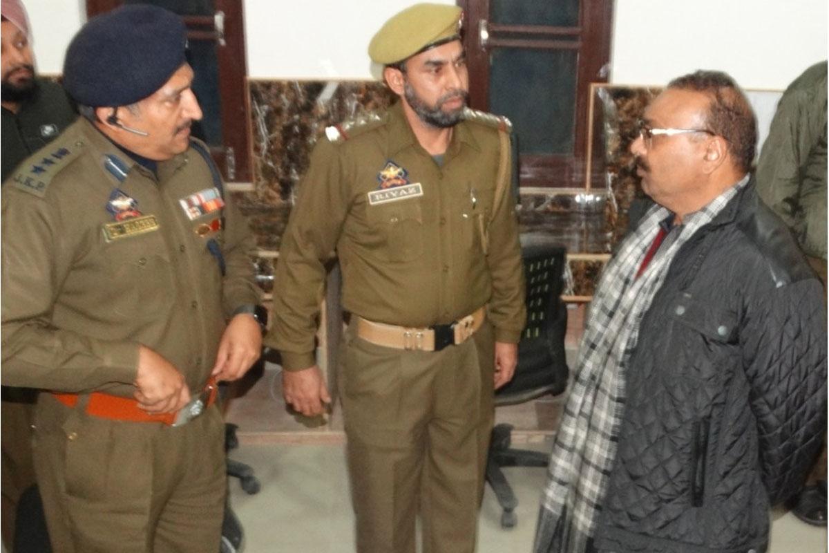 Terror handlers in Pakistan desperate: J-K DGP