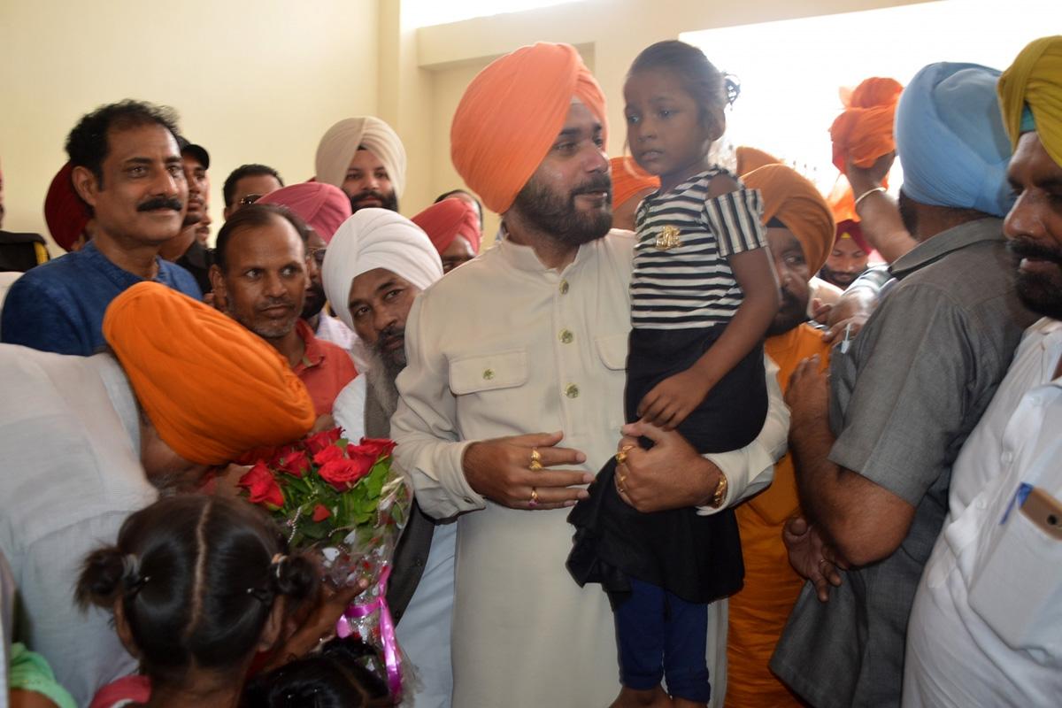 Kartarpur Corridor: Navjot Singh Sidhu seeks permission to visit Pakistan