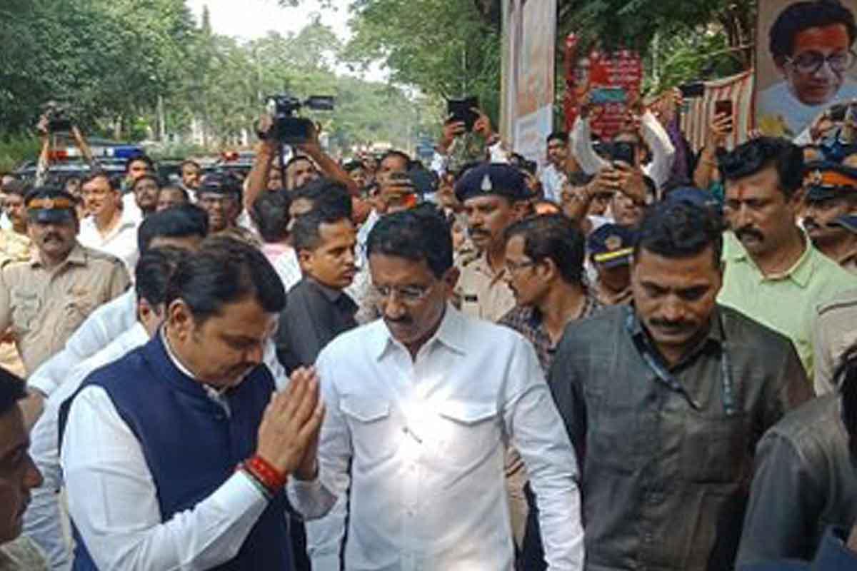 Devendra Fadnavis, Shiv Sena, Balasahib Thackeray