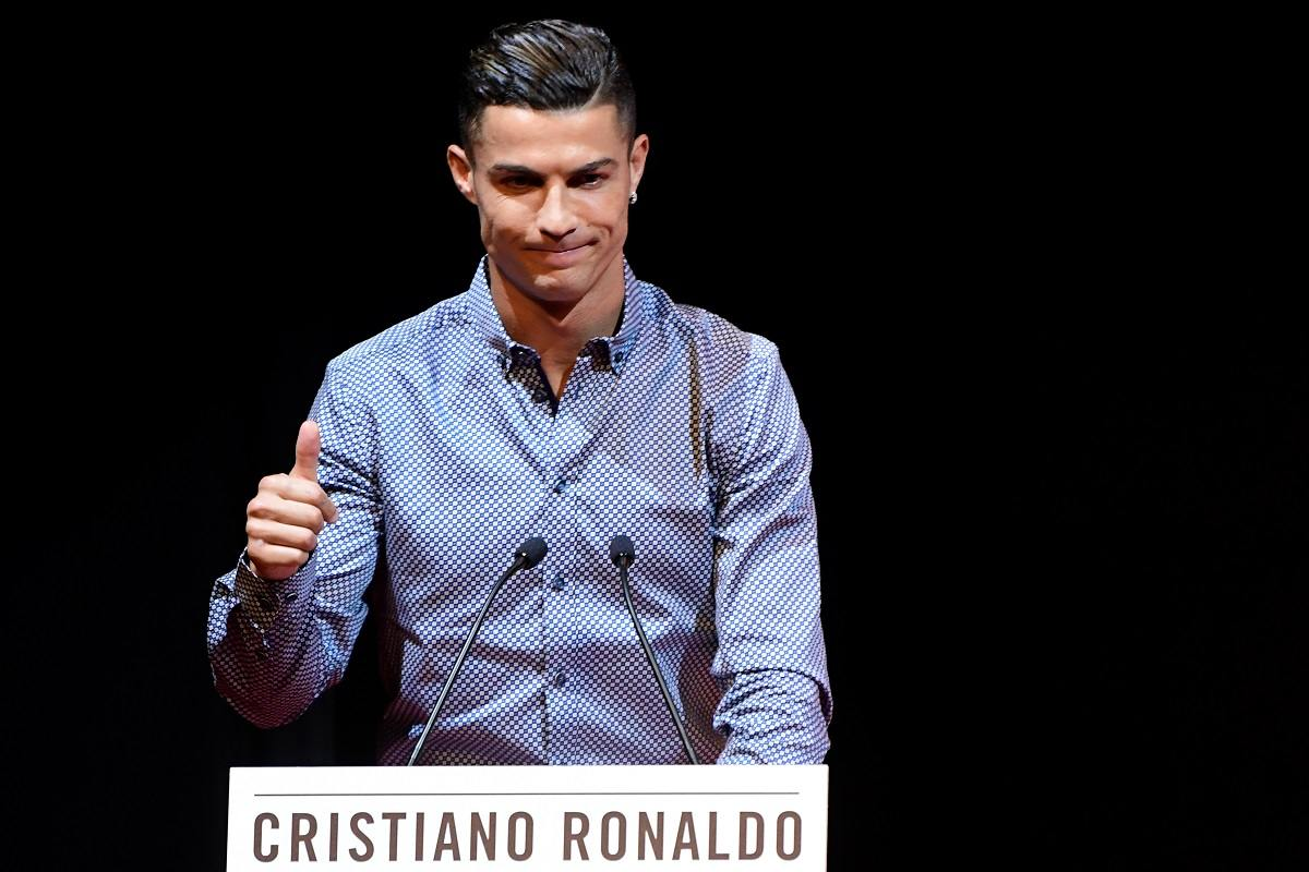 Cristiano Ronaldo's Mum Accuses 'Football Mafia' of Robbing Her Son of Titles