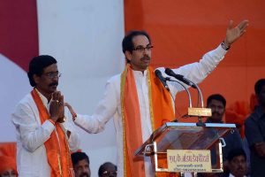 Amid poaching fears, Shiv Sena shifts MLAs to Mumbai hotel, refuses to budge from CM demand