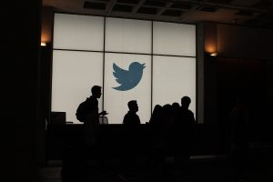 Twitter web client is experimenting scheduled tweets