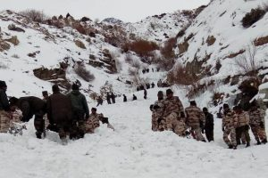 Avalanche in Siachen Glacier kills 2 soldiers, rescue team reached