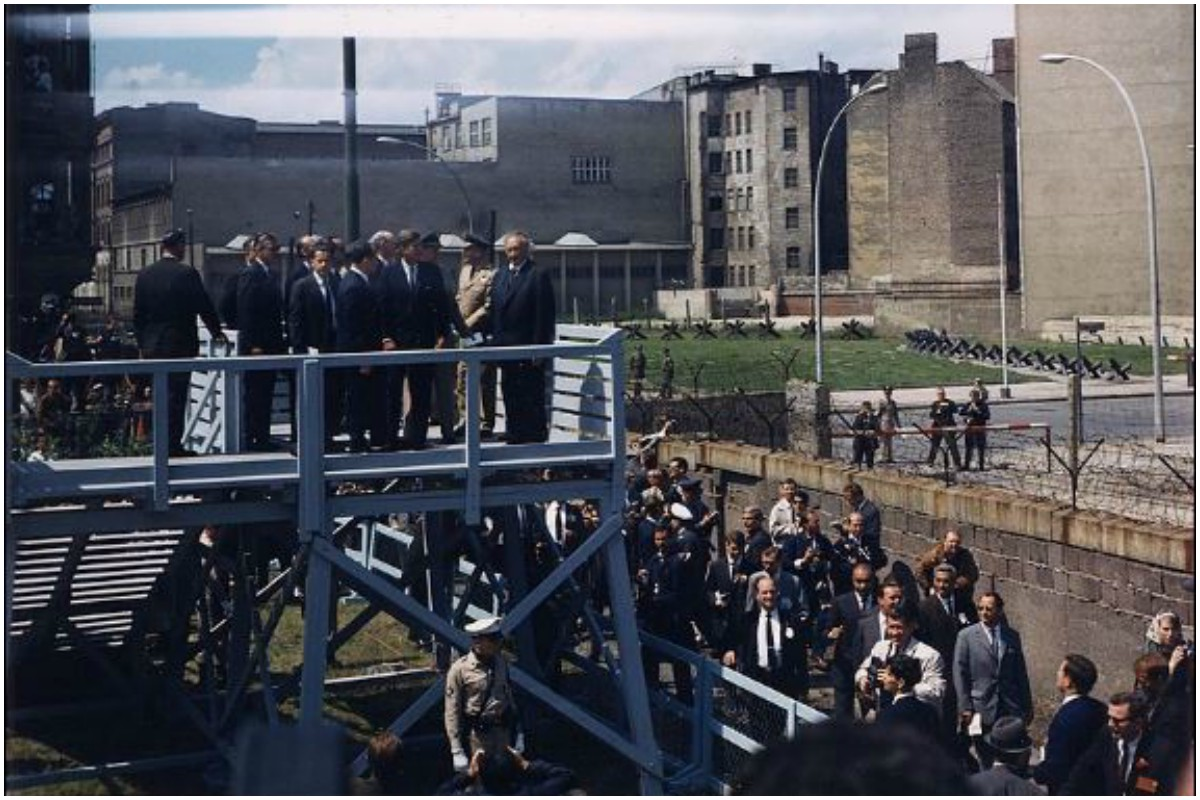 Berlin Wall, Cold War, Iron Curtain, Allies, Axis, Germany, USA, Soviet Union, East Germany, West Germany, Berlin, FRG, Poland Hungary, communism, fall of Berlin Wall
