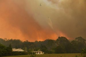 Rescue helicopter crashes during Australia bushfire operation