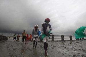 Cyclone Bulbul passes Bengal, PM calls Mamata Banerjee to review situation
