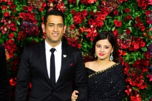 Don't know where these come from: Sakshi on MS Dhoni's retirement rumours