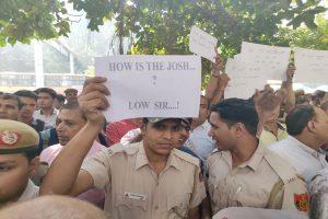 Tis Hazari violence: Delhi cops hold protest outside Police Headquarters