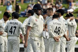 England lose 2 early wickets in response to New Zealand's 375 at stumps of Day 2