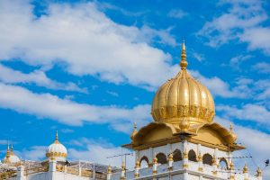 Celebrate Gurupurab 2019 by visiting famous gurudwaras in Delhi