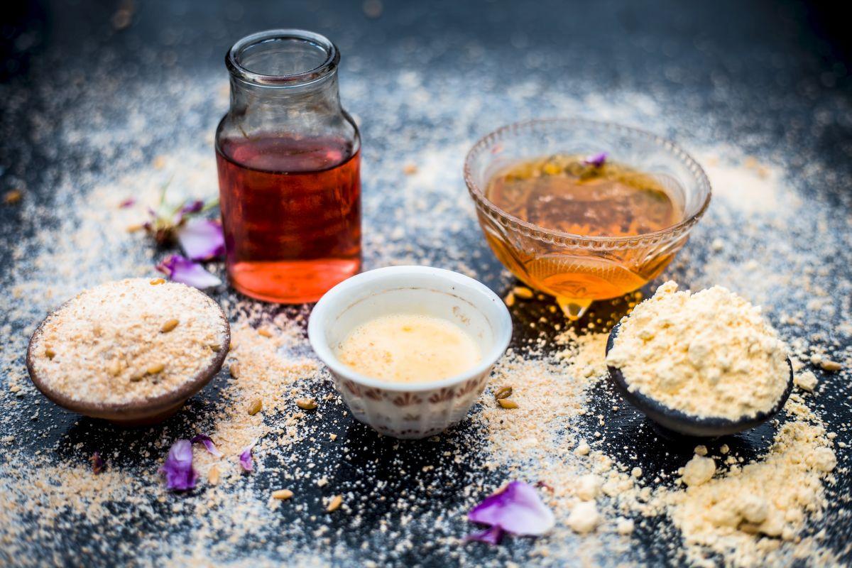 Skin problems, DIY home remedies, skin, Delhi pollution, Potato, Lemon and sugar, Aloe vera, Turmeric and Gram flour