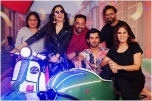 Kiara Advani, Aditya Seal wrap up 'Indoo Ki Jawani' shoot