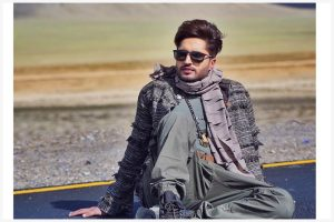 Jassie Gill celebrates birthday in desi style and swag