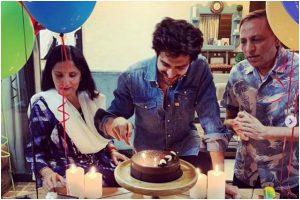Kartik Aaryan turns 29; gets birthday surprise