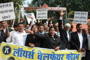 Identify lawyers 'indulging in hooliganism', says Bar Council, asks advocates to end protest