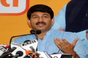 Delhi court summons Manoj Tiwari, other BJP leaders in defamation case by Manish Sisodia