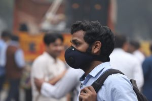 Slight improvement in Delhi air quality, wind speed favours