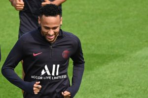 Neymar to reject PSG contract extension as he pushes for Barca move: Reports