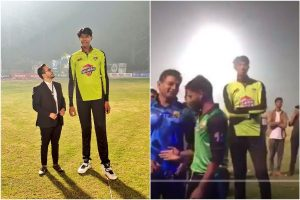Meet Pakistan's new tallest bowler who stands 7 feet 4 inch high