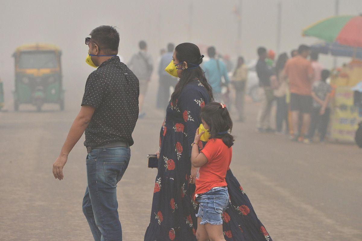 Pollution, Delhi, London