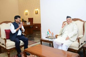 'Hitler is dead and the looming slavery has vanished': Sanjay Raut on Maharashtra deadlock