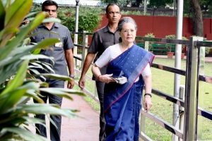 Congress raises SPG removal from Gandhis' security in Lok Sabha