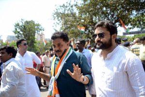 'Teen tigada, kaam bigada': Sanjay Nirupam warns Congress of alliance with Sena