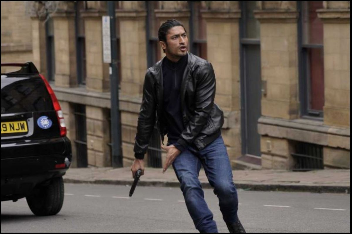 Commando 3 review: Vidyut Jammwal aces action game once again
